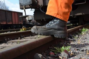 کفش ایمنی مناسب